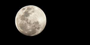 Moon, Geoff White